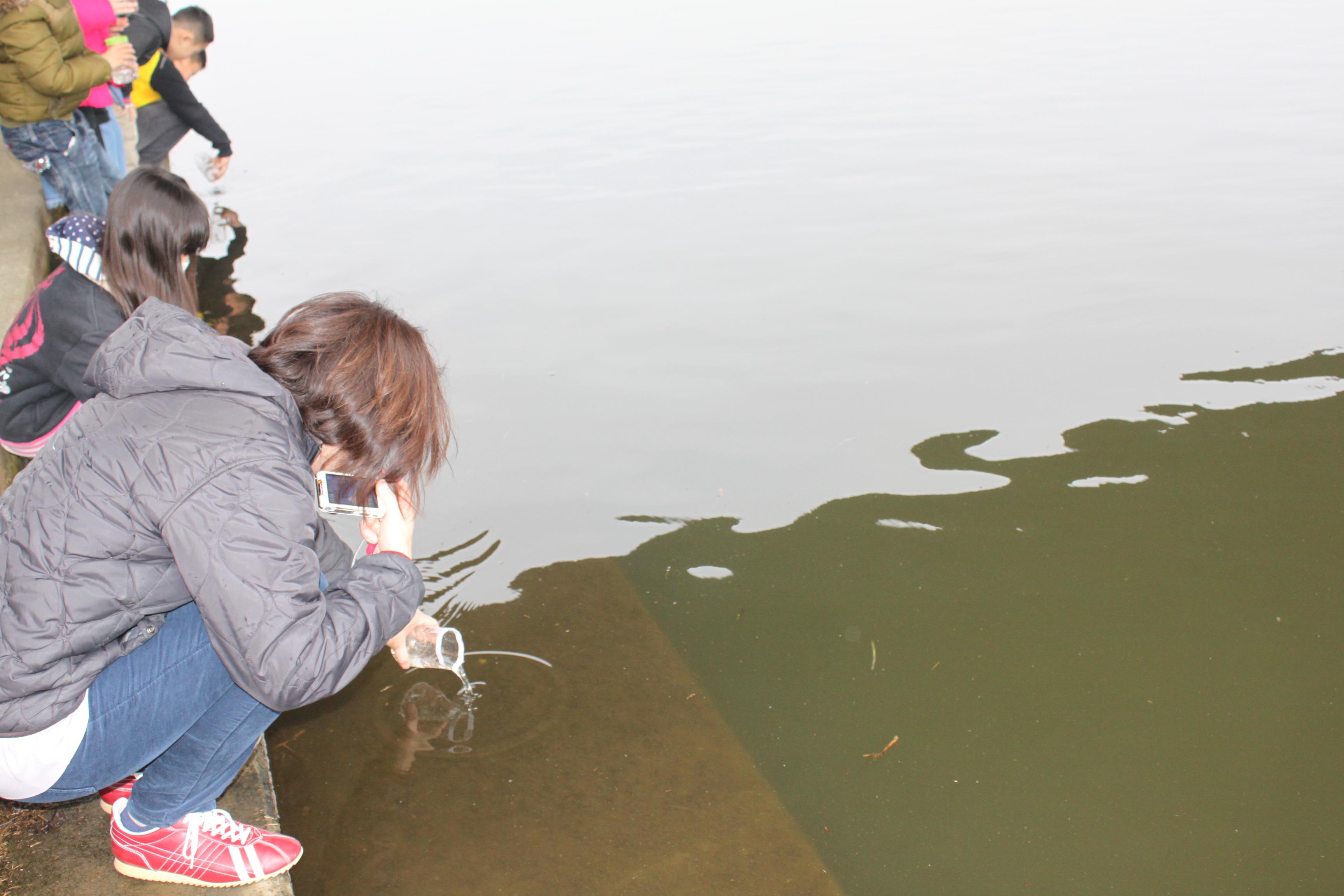 鮭の放流会
